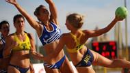 Rusya'da Plaj hentbolunun kraliçeleri nefes kesti