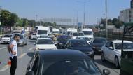 Son dakika: Kadıköy'deki zincirleme kaza trafiği felç etti