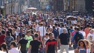 Son dakika: Taksim'de adım atacak yer kalmadı