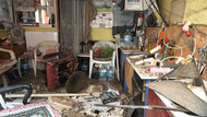 Berber dükkanının tavan kaplaması çöktü: 3 yaralı