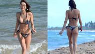 Julia Pereira çiçekli bikinisiyle sahilleri yaktı geçti!