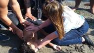 Boğulma tehlikesi geçiren çocuğu kadın zabıtanın müdahalesi kurtardı