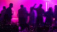 Çeşme'de kuliste aşırı alkol alan şarkıcı sahneye çıkamadı