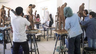 Üniversitenin 4 bin TL ücretli canlı manken ilanına YÖK engeli