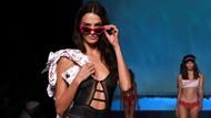 Paris Moda Haftası'na Etam'ın iç çamaşırı defilesi damga vurdu