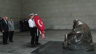 Erdoğan Neue Wache Anıtı ziyaret etti