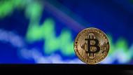 Bitcoin'in değeri dibi gördü