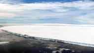 Antarktika'daki devasa buz dağı harekete geçti