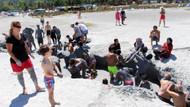 Salda Gölü kıyısında çamur banyosuyla şifa arıyorlar