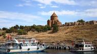 Akdamar Kilisesi'nde 3 yıl aradan sonra Ermeni ayini