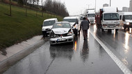 TEM'de 5 araç birbirine girdi, trafik durma noktasına geldi