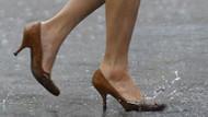 Okul müdürü dinen caiz değil dedi: Öğretmenlere topuklu ayakkabı yasağı