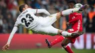Cenk Tosun'dan Beşiktaş'ın yeni transferi Kagawa'ya mesaj