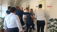 Gemlik'te hareketli anlar: Belediye başkanı, kapıyı kırarak rehin alınan yardımcısını kurtardı