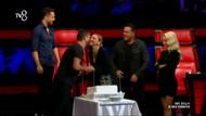 O Ses Türkiye'de Acun'dan Hadise'ye doğum günü sürprizi