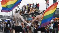 Eşcinsel evliliğin yasallaşması intihar vakalarını azalttı