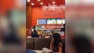 Fast food lokantasında rezalet: 25 dakika boyunca cinsel içerikli film oynattılar