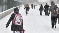 Yoğun kar yağışı nedeniyle eğitime bir gün ara verildi