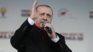 Cumhurbaşkanı Erdoğan'dan öğretmenlere atama müjdesi