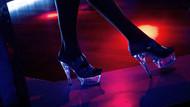 Rusya'da kadın polis striptiz yüzünden meslekten atıldı