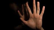 Boşanmak isteyen karısına tecavüz etti: Asker kocaya tecavüz cezası