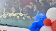 Vatandaşlara Şeyin trene baktığı gibi bakıyorlar diyen AKP'liden açıklama