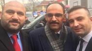 Rize il Seçim Müdürü AKP mitingine katıldı, bu pozu verdi
