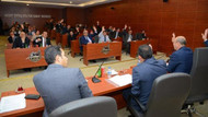 CHP'li Başkan Makam aracımı satacağım dedi. AKP'liler karşı çıktı!