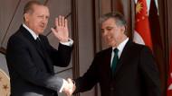 Abdullah Gül, Cumhurbaşkanı Erdoğan'ı aradı