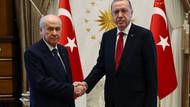 Kadri Gürsel: Bahçeli'nin örtülü hedefi Erdoğan'dır