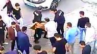 Çocuğa taciz şüphelisini dövüp, polise teslim ettiler