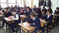 Ortaöğretim sistemi yine değişti: Ders sayısı azaltılıyor