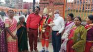 Nepal tapınaklarında ölümle yaşam arasında
