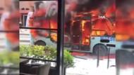 Maltepe'de hatlı minibüsü caddenin ortasında ateşe verdi