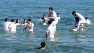 Denizde mezuniyet kutlaması