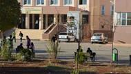Beş gençten biri okula gidemiyor
