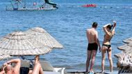 Marmaris 44 dereceyi gördü! Serinlemek isteyenler plajları doldurdu