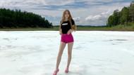 Dünyanın en ilginç plajı: Sibirya'da Buluus buzulu