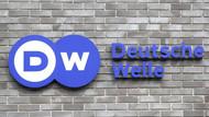 DW: Türkiye'deki gelişmelerle ilgili tarafsız haberciliğe devam edeceğiz