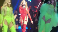 Hadise'nin Harbiye konserinde giydiği kostümler olay oldu