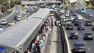 Şirinevler'de feci kaza! Metrobüsün altında kaldı