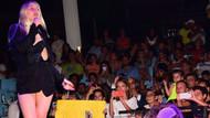 Aleyna Tilki'nin konserine minik hayranları akın etti