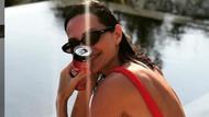 Yasemin Özilhan'dan kırmızı mayolu yaz sonu paylaşımı