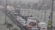 İstanbul'da 2013'ün ilk kar yağışı!