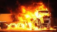 Korkunç kaza... 5 kişi yanarak öldü