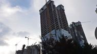 Rezidans inşaatında asansörler sürekli arızalanıyordu..