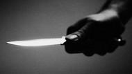 Boşanmak isteyen karısını bıçaklayarak öldürdü