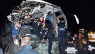 Otobüs TIR'a çarptı.. 2 ölü, 12 yaralı