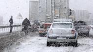 İzmir - İstanbul yolu trafiğe kapandı