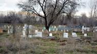 Mezarlığa haciz geldi